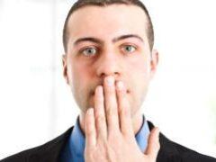 По голосу человека можно диагностировать рак, — ученые