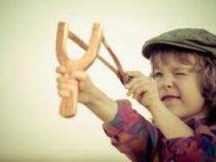 Что делать, если ребенок плохо себя ведет: практичные подсказки родителям