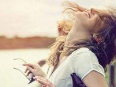 Психологи назвали универсальные способы стать счастливым