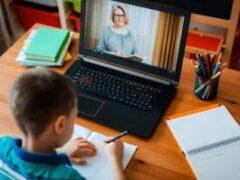 Ученые: у детей из-за удаленки стремительно развивается близорукость