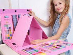 Детские творческие наборы: в чем польза для развития ребенка