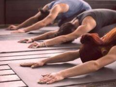 Утренняя йога: как взбодрить тело за 7 минут