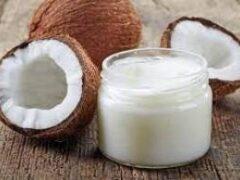 9 способов применения кокосового масла в уходе за собой