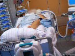 Количество новых случаев заражения ковидом в Украине второй день превышает 2000