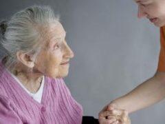 По старческого слабоумию ударят старыми лекарствами