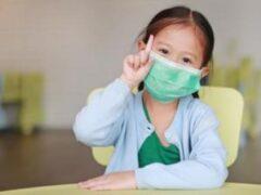 Маленькие дети чаще распространяют COVID-19