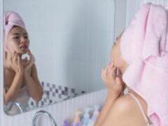 Косметолог рассказал, как защитить кожу отобезвоживания