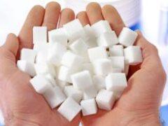 Не слипнется: сколько сахара в день можно съесть